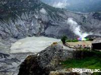 Berwisata ke Gunung Tangkuban Perahu – Bandung