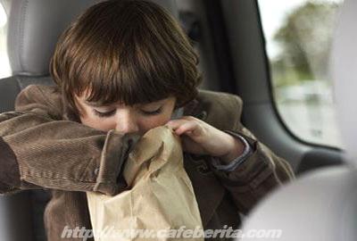 Tips Mencegah Mabuk dalam Perjalanan