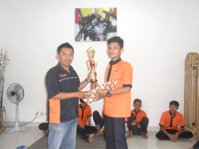 Training Housekeeper Simply Homy Guest House