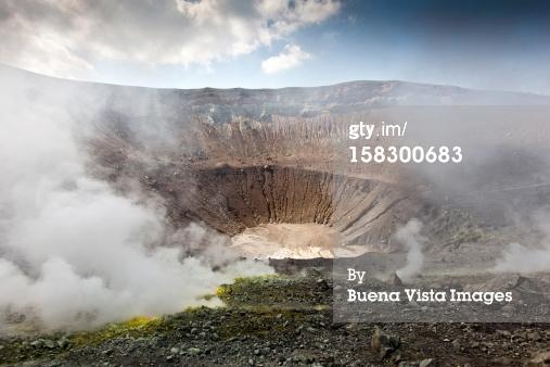 Tips Efektif Membersihkan Rumah Dari Abu Vulkanik