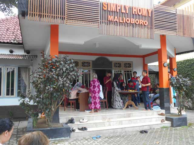 csr simply homy guest house malioboro